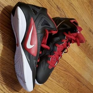 Nike Hyperfuse Mens sneakers Size 10.5 Black and r
